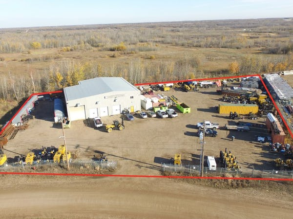 Freestanding Industrial Building in Redwater, AB