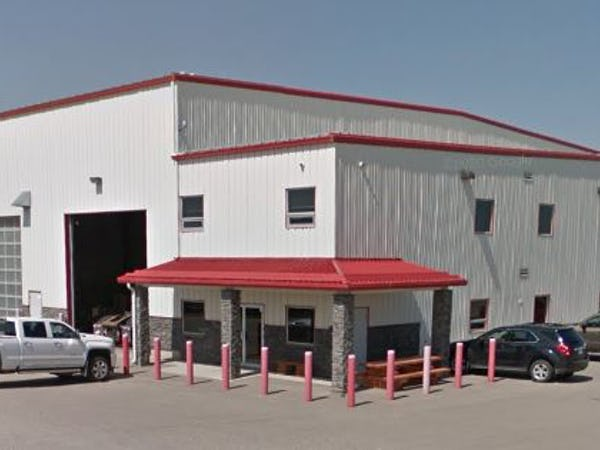 Crossfield State of the Art Shpp and Offices