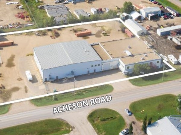 28,850 SF Freestanding Building on 3.04 Acres